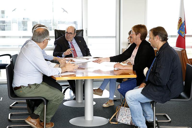 Jesús Oria ofrece su colaboración a la nueva junta directiva de la Asociación de Criadores de Raza Hispano-bretona