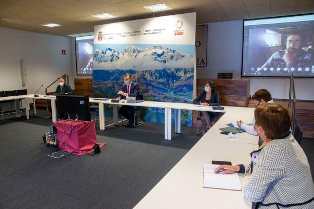 El sector primario se alía con el Gobierno de Cantabria